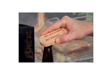 Flaschenöffner aus Holz oval
